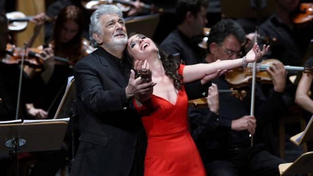 Warum wurde Plácido Domingo ausgebuht?