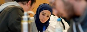 Eine Einwanderin aus Syrien in einem Hörsaal der Universität Potsdam