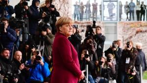 Unionspolitiker halten Merkels Kandidatur für ausgemacht