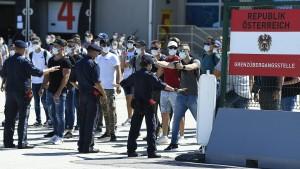 Österreich will gemeinsame Plattform gegen illegale Migration