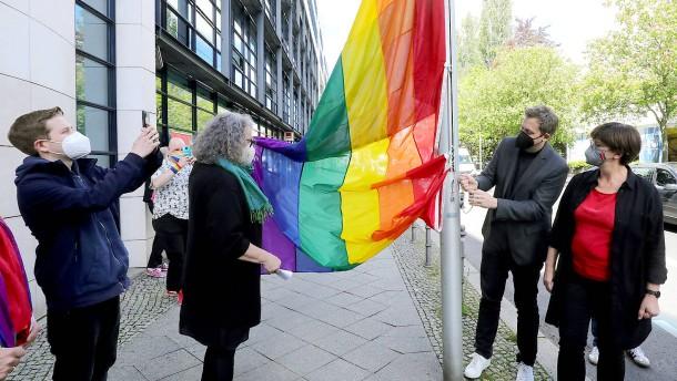 SPD sagt Homphobie und Transphobie den Kampf an