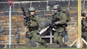 Polizisten nahe dem Parlament in Ottawa am Mittwoch