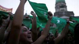 Frauen demonstrieren für Recht auf Abtreibung