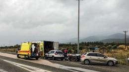 Griechische Polizei entdeckt mehr als 40 Migranten in Lastwagen