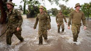 Jahrhundertflut in Australien löst Krokodilalarm aus
