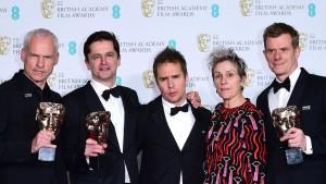 """""""Three Billboards Outside Ebbing, Missouri"""" räumt bei britischen Filmpreisen ab"""