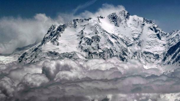 Erstmals Alpinisten im Winter auf dem Nanga Parbat