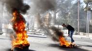 Brennende Straßenbarrikaden in den palästinensischen Autonomiegebieten in Bethlehem