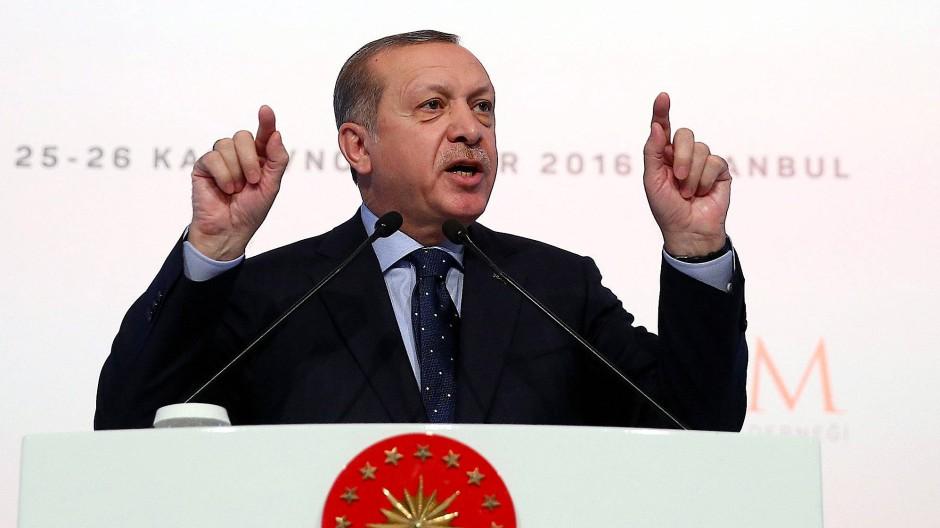 Der türkische Staatspräsident bei einer Rede am Freitag in Istanbul