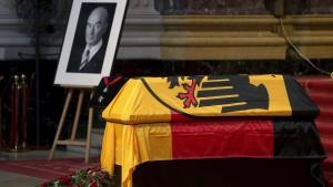 """Schäuble: Schönbohm war """"Staatsdiener von preußischer Statur"""""""