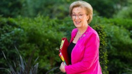 Ministerin aus Mays Kabinett tritt zurück
