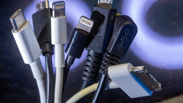 Kommen endlich einheitliche Handy-Kabel?
