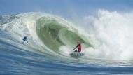 Vor seinem Wohnzimmer: John John Florence in einer Welle vor der hawaiianischen Insel Oahu.