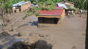 Fünf Tote und 50 Vermisste nach Erdrutschen in Uganda