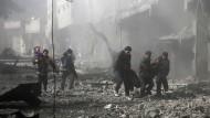 Fast 100 Tote nach Luftangriffen in Syrien