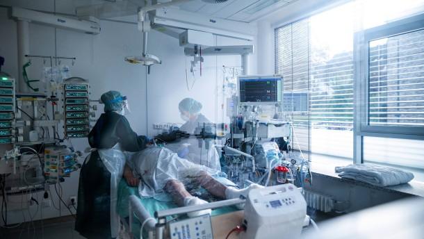 RKI meldet 19.059 Neuinfektionen binnen eines Tages