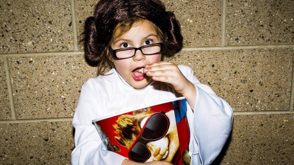 Fans allüberall: Die 7 Jahre alte Amerikanerin Julianna Backoski hat sich zur Filmpremiere als Prinzessin Leia verkleidet