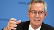 Bundeswahlleiter Dieter Sarreither im Oktober 2016 in Berlin