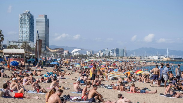 Spahn: Wohl auch ohne Impfung Sommerurlaub in Europa