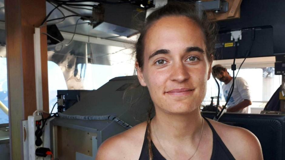 Kapitänin Carola Rackete auf der Sea-Watch 3