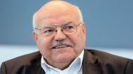 Will den Busbetrieb wieder wie früher organisieren: der Frankfurter Verkehrsdezernent Klaus Oesterling.