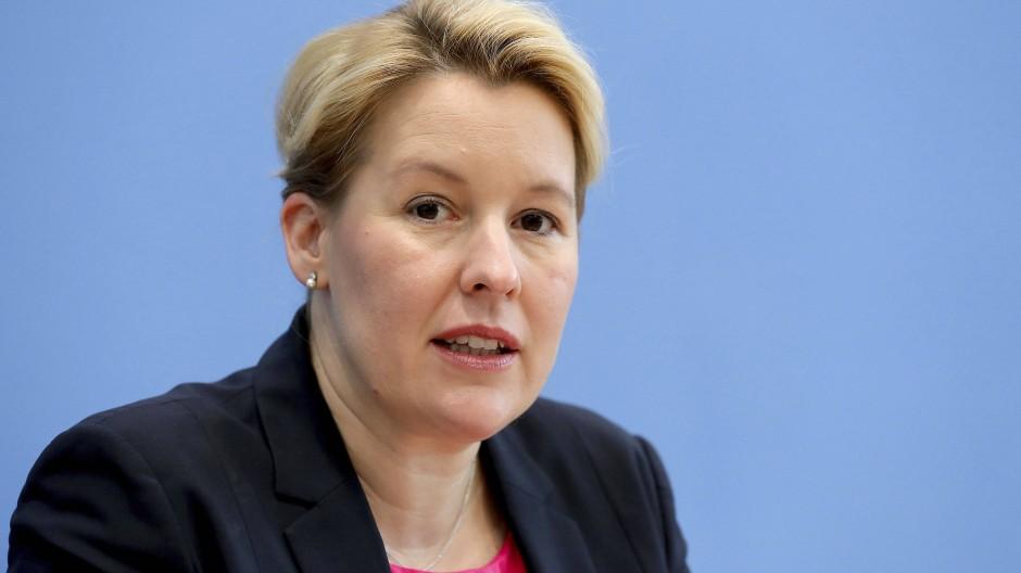 Weiter unter Plagiatsverdacht: Bundesministerin Franziska Giffey