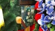 Grabmal eines getöteten Soldaten in Nowomoskowsk bei Tula: Reuters zufolge kämpfte der Mann als Söldner im syrischen Bürgerkrieg.