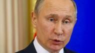 Trump ausspioniert? Putin macht sich über Berichte lustig
