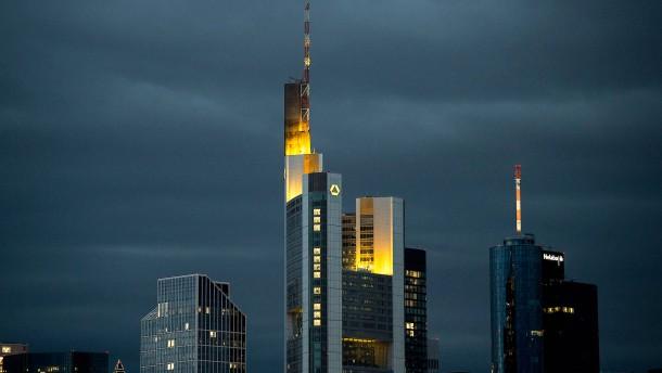 2500 Frankfurter Banker müssen um ihre Jobs fürchten
