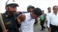 Polizisten vertreiben Landbesetzer