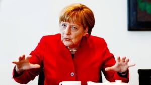 Merkel grenzt Union nach rechts ab