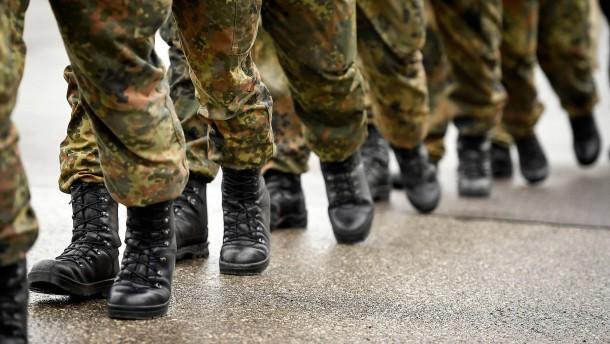Bundeswehr-Soldat gab Frauen nicht die Hand