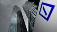 Zurückhaltung gefordert: Am Anleihemarkt kann die Deutsche Bank noch nicht glänzen.