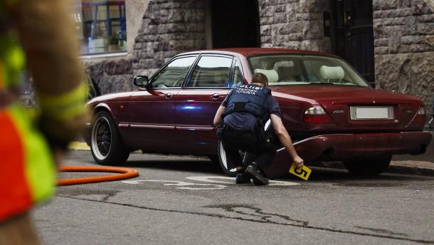 Betrunkener rast in Helsinki mit Auto in Menschenmenge