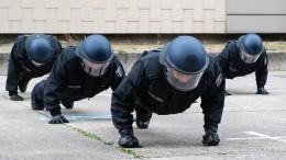 Statt Englisch sollen Polizeischüler erst mal Deutsch lernen