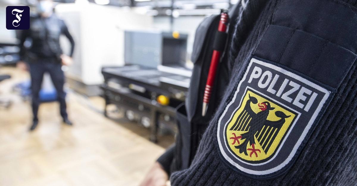 Virus-Mutation aus Brasilien: Bundespolizei verschärft Kontrollen am Flughafen
