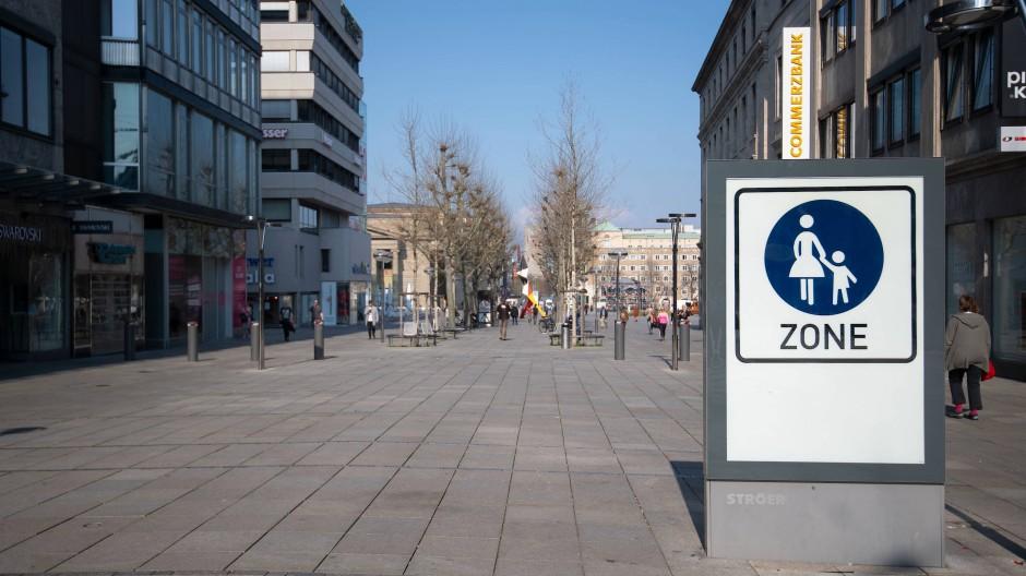 Die Stuttgarter Einkaufsmeile Königstraße ist derzeit nahezu menschenleer.