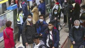 Mit Notkrankenhäusern und Straßensperren gegen das Virus