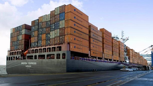 Containerreederei Hapag-Lloyd faehrt langsam aus der Krise