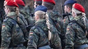 Bundeswehrsoldat soll zwei Kameradinnen missbraucht haben
