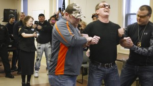 Krebskranke Jugendliche in Amerika tasert Polizisten