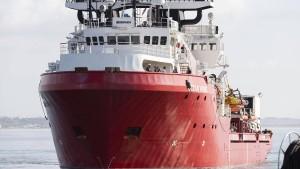 """""""Ocean Viking"""" und """"Alan Kurdi"""" retten 144 Menschen aus Seenot"""