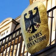 Der Bundesfinanzhof in München soll über die Rentenbesteuerung entscheiden.