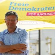 Sachsens FDP-Spitzenkandidat Holger Zastrow beim Wahlkampf in Delitzsch.