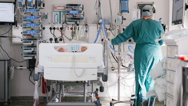 Weniger Neuinfektionen, weniger Tote und die Inzidenz sinkt weiter