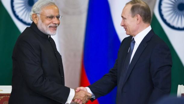 Putin sagt Indien neue Atomkraftwerke zu
