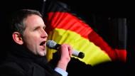 Björn Höcke hat sich als besonders lautstarke rechte Stimme in der AfD etabliert.