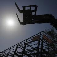 Eine verlassene Baustelle in Frankreich. Dem IWF zufolge könnte die französische Wirtschaftsleistung in diesem Jahr um 12 Prozent einbrechen.