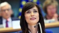 Die EU-Kommissarin für digitale Wirtschaft und Gesellschaft Marija Gabriel wird am Freitag neue Testregionen für autonomes Fahren verkünden.