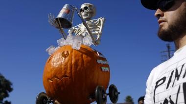 """Sich in den Halloween-Trubel stürzen ist mindestens so verführerisch wie die berüchtigte """"Ice Bucket Challenge""""."""